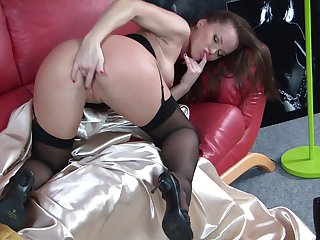Brunette minx Silvia Saint spends time dildoing her wet spot for camera
