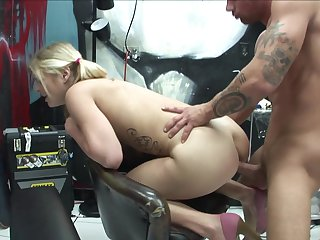 Joey Brass uses his hard boner to bring blowjob addict Teen Misty Rivers to the edge of nirvana