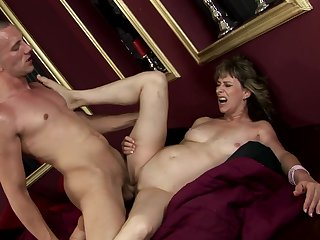 Mature lets dude shove his sturdy man meat in her mouth