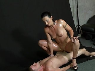 Oiled up fit model Wenona posing naked and fucking
